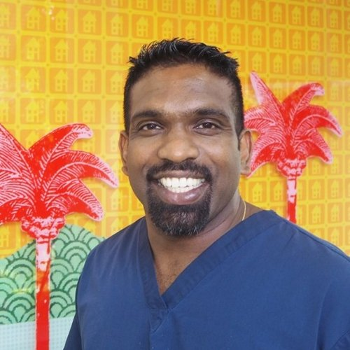 Dr Meglin Rathnasamy - Smithfield Dental